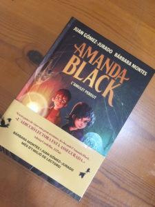 Amanda Black i l'amulet perdut